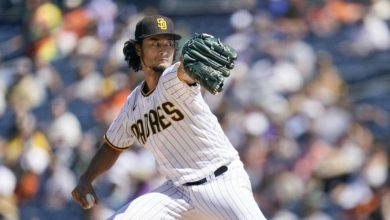 Yu Darvish gets no-decision as Padres end losing streak