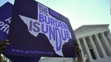 Federal judge issues order blocking Texas' 6-week abortion ban